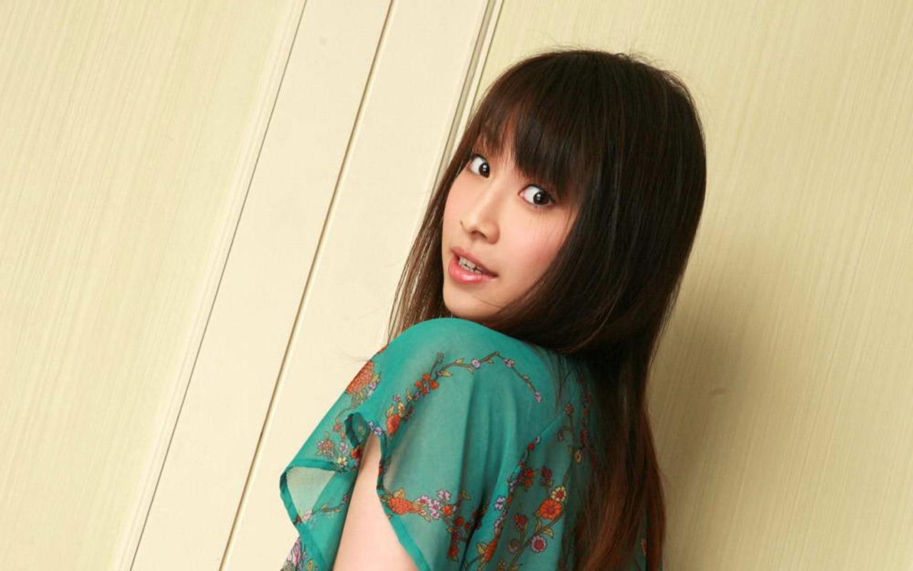 有名人壁紙 無料ダウンロード - 中村果生莉の画像 Celebrity